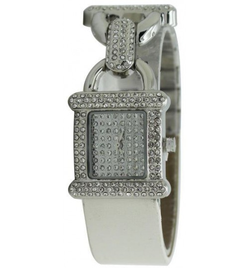woman watch Diamond Dior