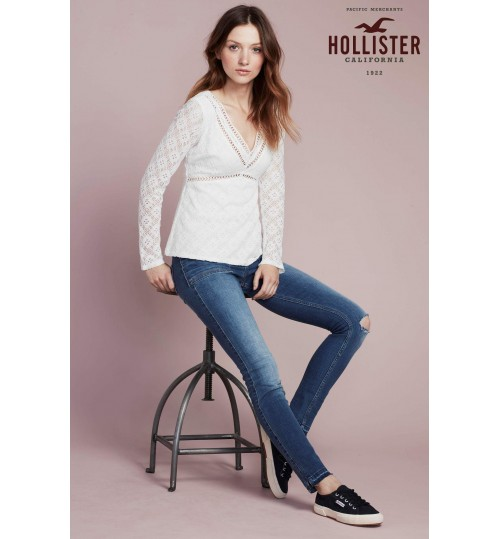Hollister White Long Sleeve V-Neck Top