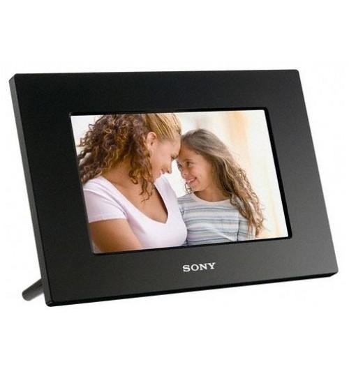 7 inch Digital Photo Frame ( FREE 2GB M)
