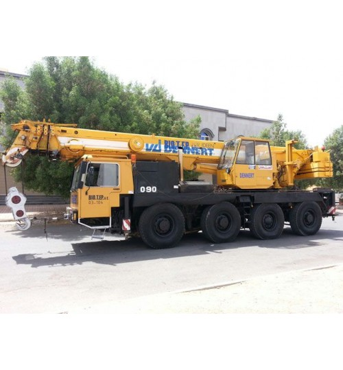 Crane Liebherr 50 ton Model 1988 Telescopic Boom 32 m with 4 axles Available in Saudi Arabia For Sell   Mob 00966543021937